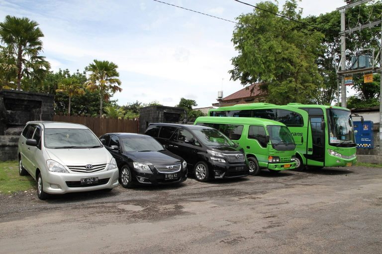 Bali Car Rental - Esia Rent Car