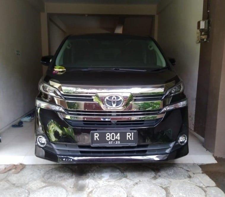 Toyota Alphard Transformer